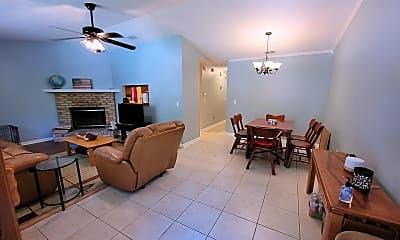 Living Room, 1515 Merry Oaks Ct, 1