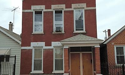 Building, 3630 S Paulina St, 2