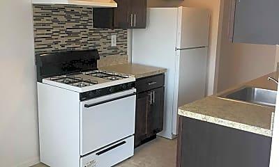 Kitchen, Meadowbrook Village Apartments, 2