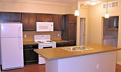 Auburn Square Apartments, 0