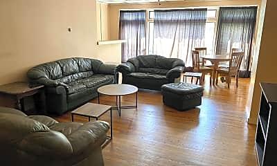 Living Room, 41 Main St, 0