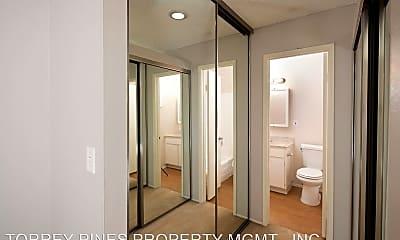 Bathroom, 4841 Parks Ave, 2