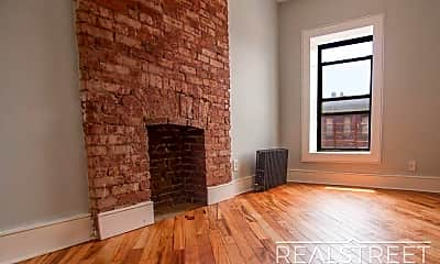 Living Room, 1509 Fulton St 2, 1
