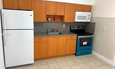 Kitchen, 2541 NW 101st St, 1