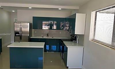 Kitchen, 1540 NW 52nd St, 1