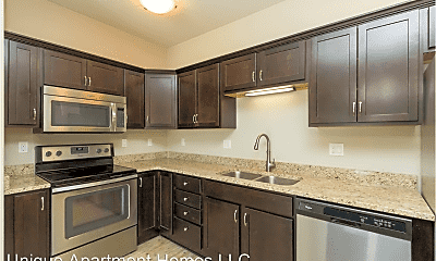Kitchen, 4120 Lincoln Swing, 1