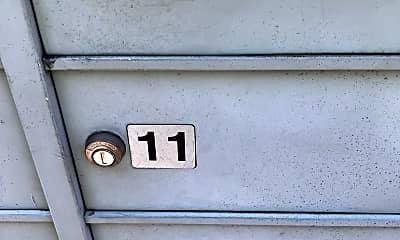 Bathroom, 2129 Bexley Dr, 2