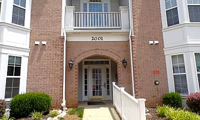 2001 Phillips Terrace 3, 1