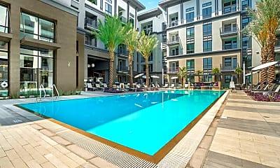 Pool, Core, 1
