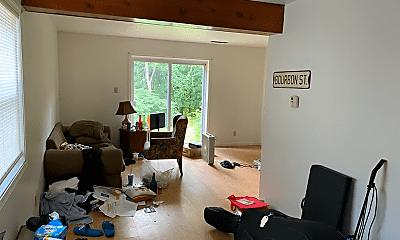 Living Room, 1011 N Mantua St, 1