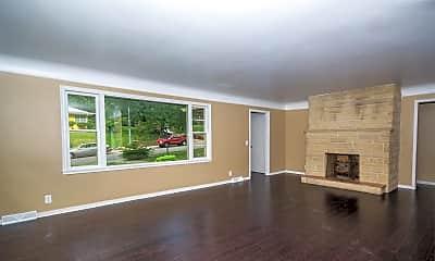 Living Room, 3340 N 48th St, 1