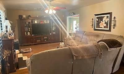 Living Room, 1514 E 13th St, 1