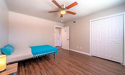 Bedroom, Room for Rent - Live in Glenbrook Valley, 2