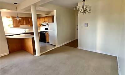 Living Room, 230 Pelham Rd 6F, 0