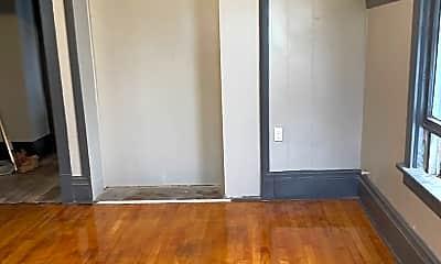 Living Room, 2507 N Buffum St, 1