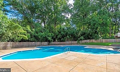 Pool, 9039 Sligo Creek Pkwy 1607, 2