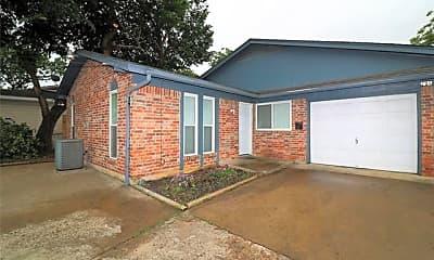 Building, 708 Truman St B, 0