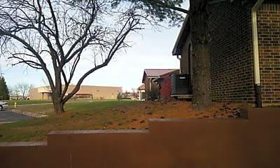 Building, 160 Los Ranchos Dr, 1
