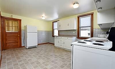 Kitchen, 5626 W Patterson Ave 2, 1