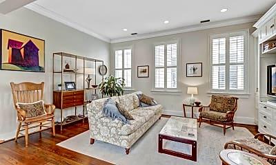 Living Room, 132 Queen St, 1