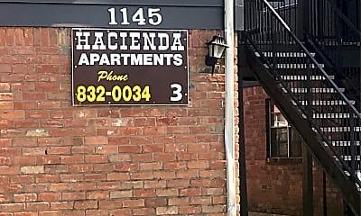 Hacienda Apartments, 1