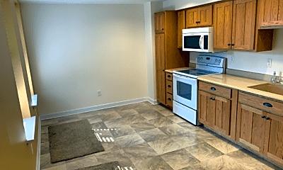 Kitchen, 735 Linden Ave, 1