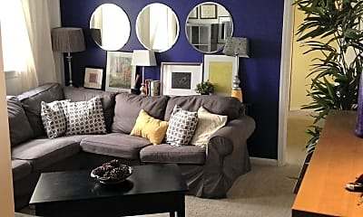 Living Room, 92 Gordon St, 2