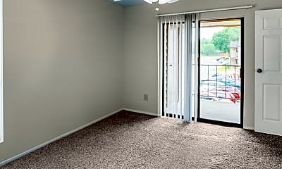 Living Room, Cypresswood Court, 2
