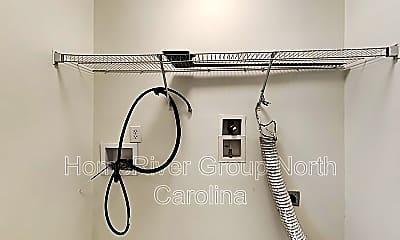 Bathroom, 7 Chapel Downs Ct, 2