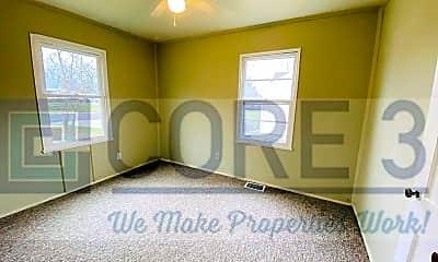 Bedroom, 2913 N Mission Rd, 1