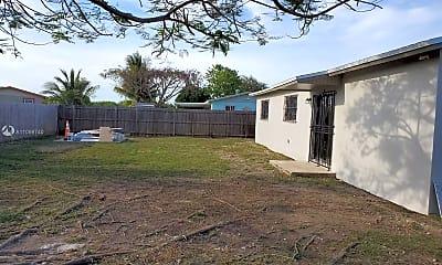 Building, 27840 SW 128th Pl, 1