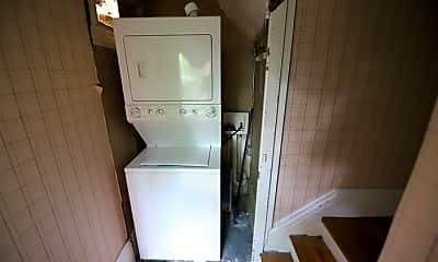 Bathroom, 417 W Hill St, 2