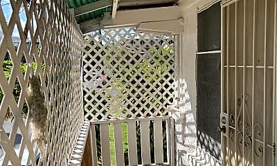 Patio / Deck, 1712 Clark St, 1