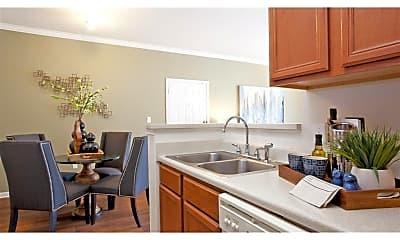 Kitchen, Indigo Pointe, 1