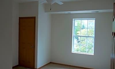 Bedroom, 1111 N Harrison St, 2
