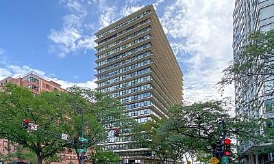 Building, 5801 N Sheridan Rd, 0