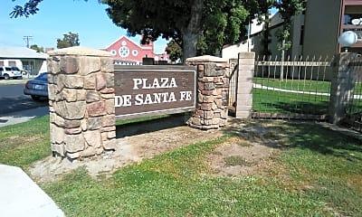 Santa Fe Plaza, 1