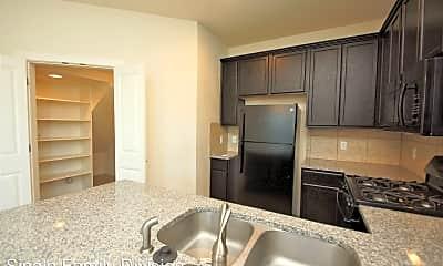 Kitchen, 2208 Creekside Ln, 0