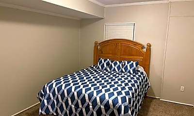 Bedroom, Room for Rent - Live in College Park one exit from, 2