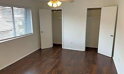 Bedroom, 2821 Reagan St 303, 0