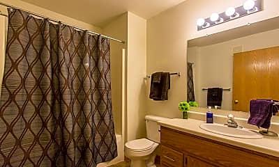 Bathroom, Riverside Glen - Rockford, 2