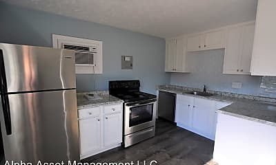 Kitchen, 640 Highland Pl, 0