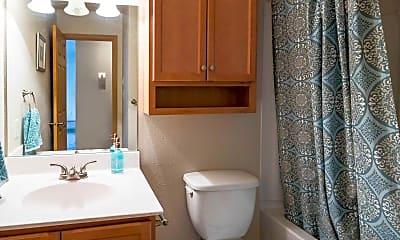 Bathroom, 920 on Park, 2