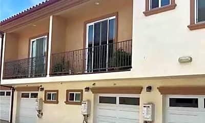 Building, 1401 Celis St 105, 1