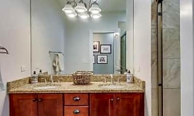 Bathroom, 717 N Elizabeth St, 1