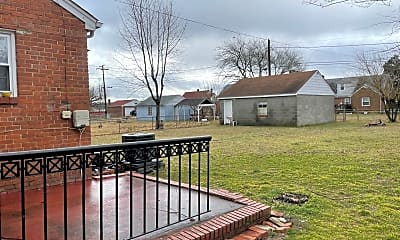 Building, 2411 Carlisle Ave, 2