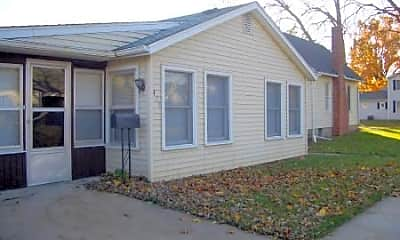 Building, 405 E Jefferson St, 2