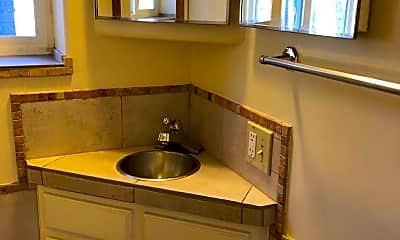 Bathroom, 3015 W Bijou St, 2