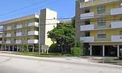 Sun King Apartments, 0