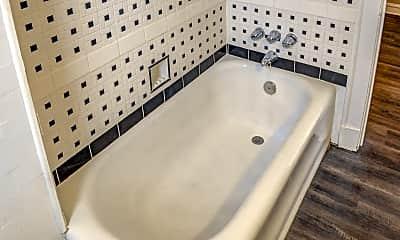 Bathroom, LaSalle Apartments, 2